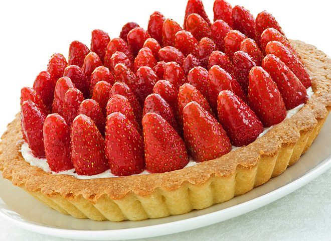 Пиріг із полуницею: приготуй яскравий травневий десерт