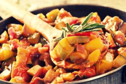 Як приготувати овочеве рагу з вином
