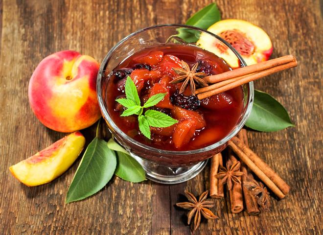 Персикове варення: рецепт із прянощами на зиму