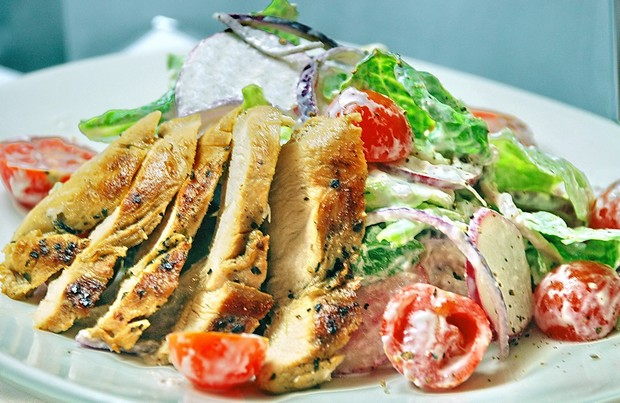 Куриная грудка салат фото